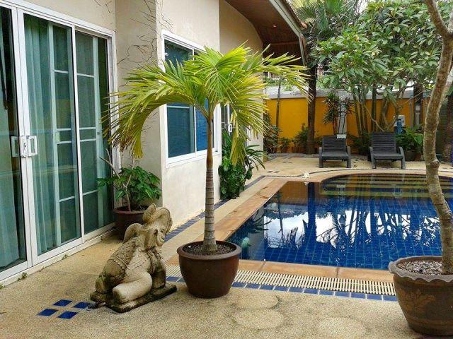 Rawai Charming Modern House With Pool
