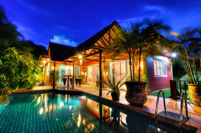 Nai Harn Charming Pool House With 2 Bedrooms