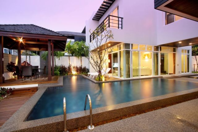 Rawai Modern House With 4 Bedrooms And Swimming Pool