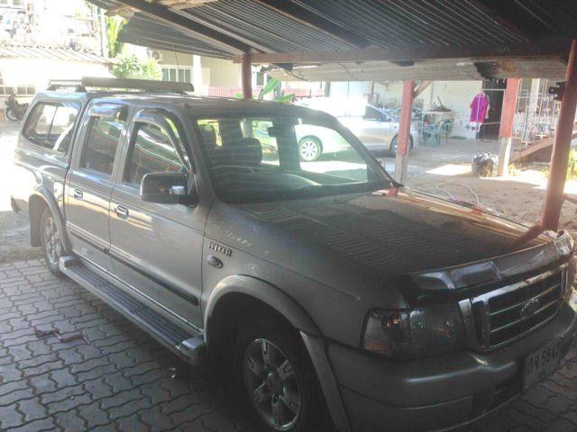 Ford Ranger XLT 4ประตู ปี2004 เกียร์ธรรมดา