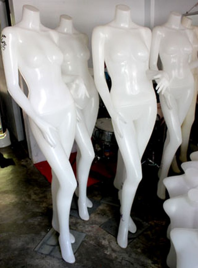 ขายหุ่นโชว์เสื้อผ้าสตรีแบบเต็มตัว