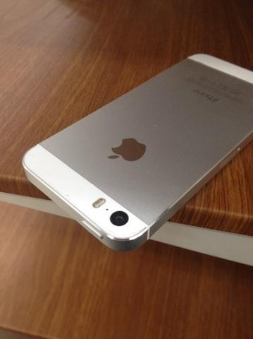 ขายไอโฟน5s16gสีขาว6000