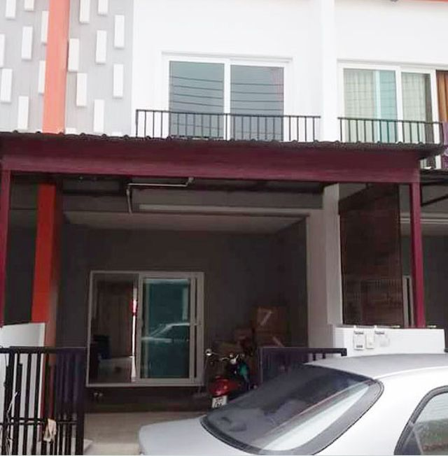 6A110088 Townhouse two Story for rent with  2 Bedrooms and 2  Bathrooms  nearby Lotus Katu.