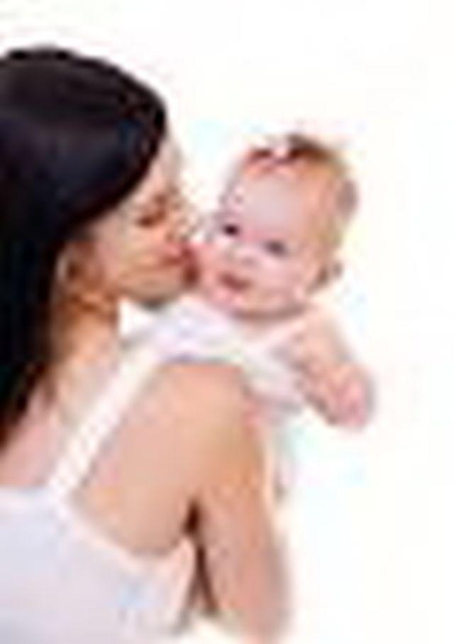 www.nursing.co.th  จัดส่งพี่เลี้ยงเด็ก  แม่บ้าน  คนดูเเบลผู้ป่วย  เฝ้าไข้