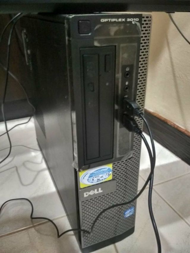 Dell OptiPlex  LED 22 Full HD