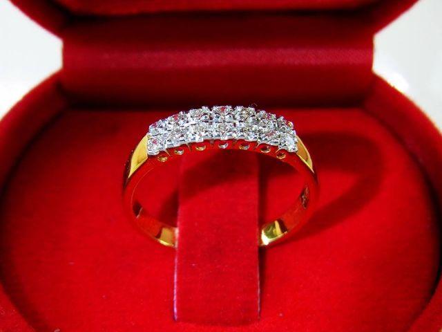 แหวนเพชรแท้ ราคาส่ง 19,900.-  สี G color VVS1
