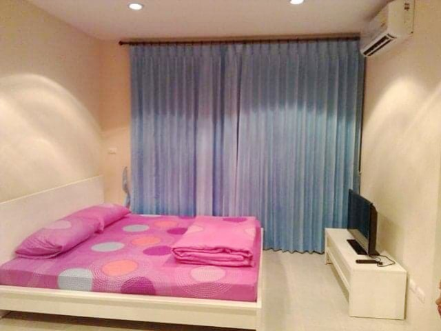 6A90881 ให้เช่าคอนโดมิเนียม 1 ห้องนอน 1 ห้องน้ำ พื้นที่ 30 ตรม. ใกล้วัดฉลอง