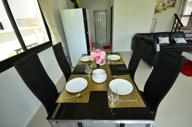 KT-0042 -บ้านเดี่ยว 2ชั้นให้เช่า มี 3 ห้องนอน 2 ห้องน้ำ 1 ห้องครัว