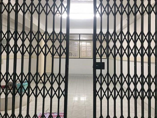 6A90930 ให้เช่าทาวน์เฮ้าส์ 2 ชั้น 2 ห้องนอน 2 ห้องน้ำ เดือนละ 10,000 บ.