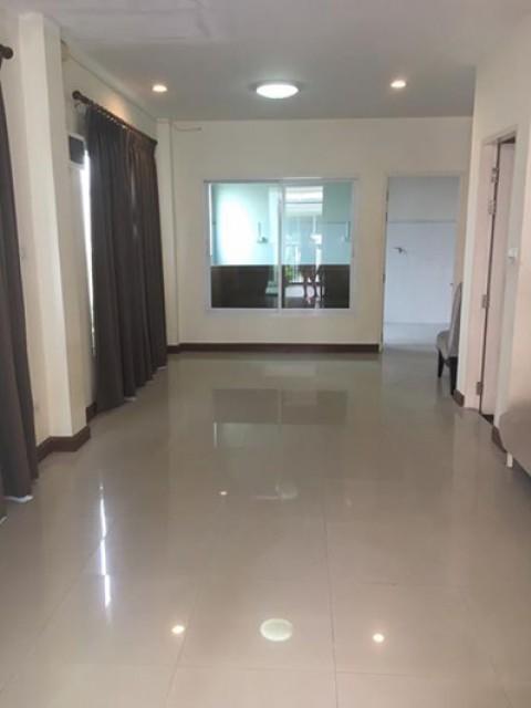 MT-0074 -ทาวน์เฮ้าส์ 2ชั้นให้เช่ามี 2 ห้องนอน 2 ห้องน้ำ 1 ห้องครัว 1 ที่จอดรถ