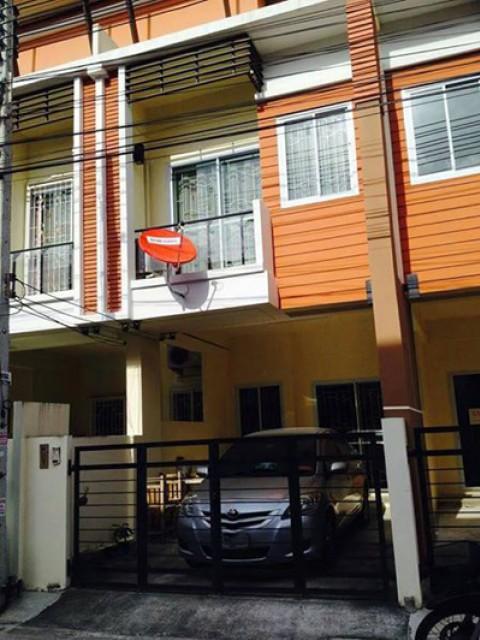 KT-0068 - ทาวน์เฮ้าส์ 2ชั้นให้เช่า มี 2 ห้องนอน 2 ห้องน้ำ 1 ห้องครัว