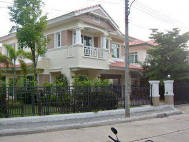 CL-0020 -บ้านเดี่ยว 2ชั้นให้เช่ามี 3 ห้องนอน 3 ห้องน้ำ 1 ห้องครัว 4 ที่จอดรถ