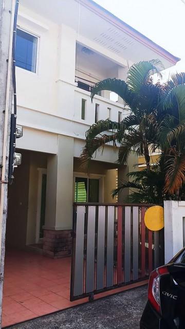 6A101348 ให้เช่าบ้านแฝด 2 ชั้นบ้านหลังใหญ่ พื้นที่ 140 ตรว.