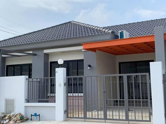 6A20084 ให้เช่าบ้านแฝดชั้นเดียวในโครงการใกล้สนามบิน พื้นที่ 21 ตรว. พร้อมเฟอร์