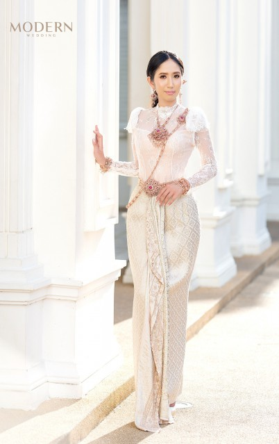 ชุดแต่งงานภูเก็ต  ชุดแต่งงาน ชุดไทย ชุดราตรี เยอะที่สุด มากที่สุดในภูเก็ต