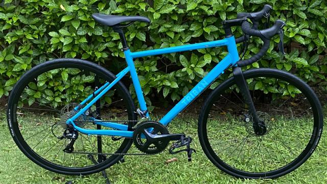จักรยานTriban RC500 disc brake (ราคาต่อรองได้)(nigotiable) ใช้ไม่ถึงปี
